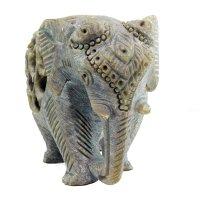 Babyelefant in Elefant aus Speckstein, Rüssel unten, 7,5 cm.