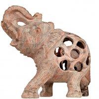 Babyelefant in Elefant aus Speckstein, Rüssel hoch,...