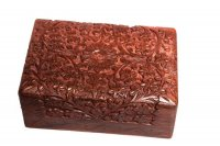 "Box ""K.T."" aus Palisanderholz, ca 15x10 cm"